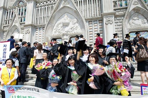 Tiền làm thêm của du học sinh Hàn Quốc là bao nhiêu
